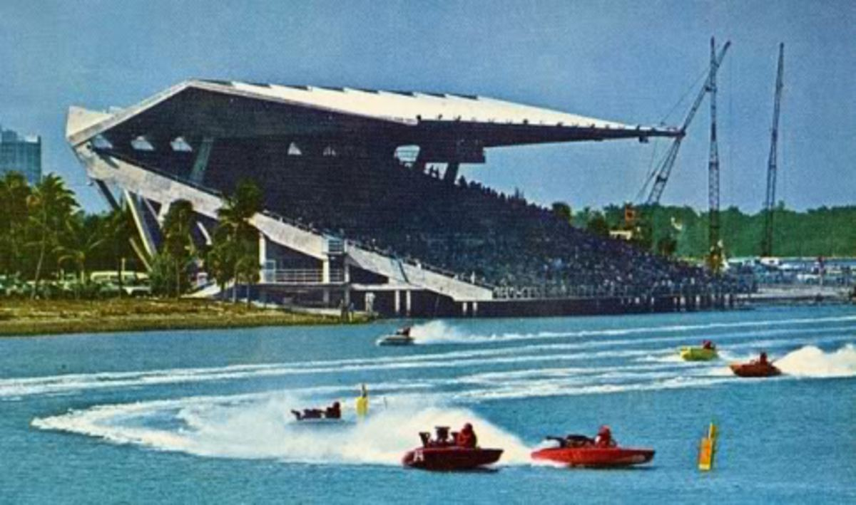 It was the first stadium built for powerboat racing