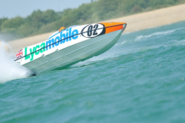Lycamobile Racing's Stuart and Sara Cureton hit the Gosport surf