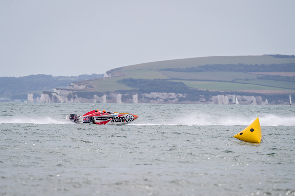 Quantum Racing led the championship after round one in Scarborough