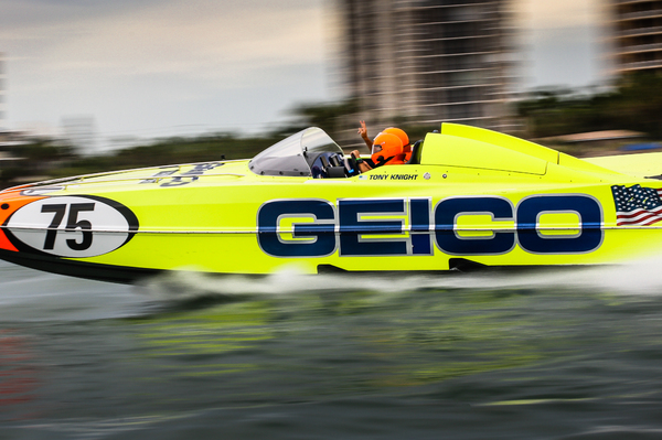 P1 SuperStock 2018 GEICO Race Boat