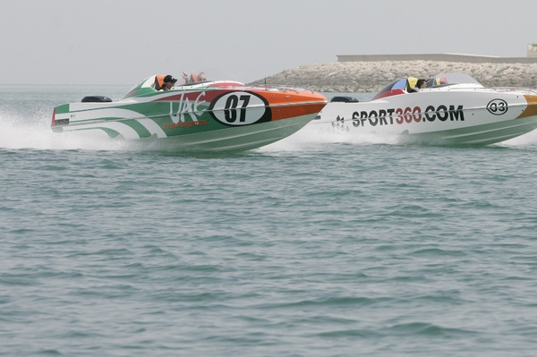 P1 Panther UAE and Sport360 boats in action at 2012 media day Abu Dhabi