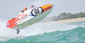 Allam Marine duo of Arran Scott and Gavin Feldt ere disqualified in both races after losing their hatch