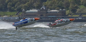<strong>Scarborough</strong> gets the UK race season off  to a flying start
