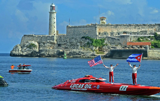 Former P1 powerboat racer becomes a <strong>Guinness World Records&#174; Record Holder</strong>