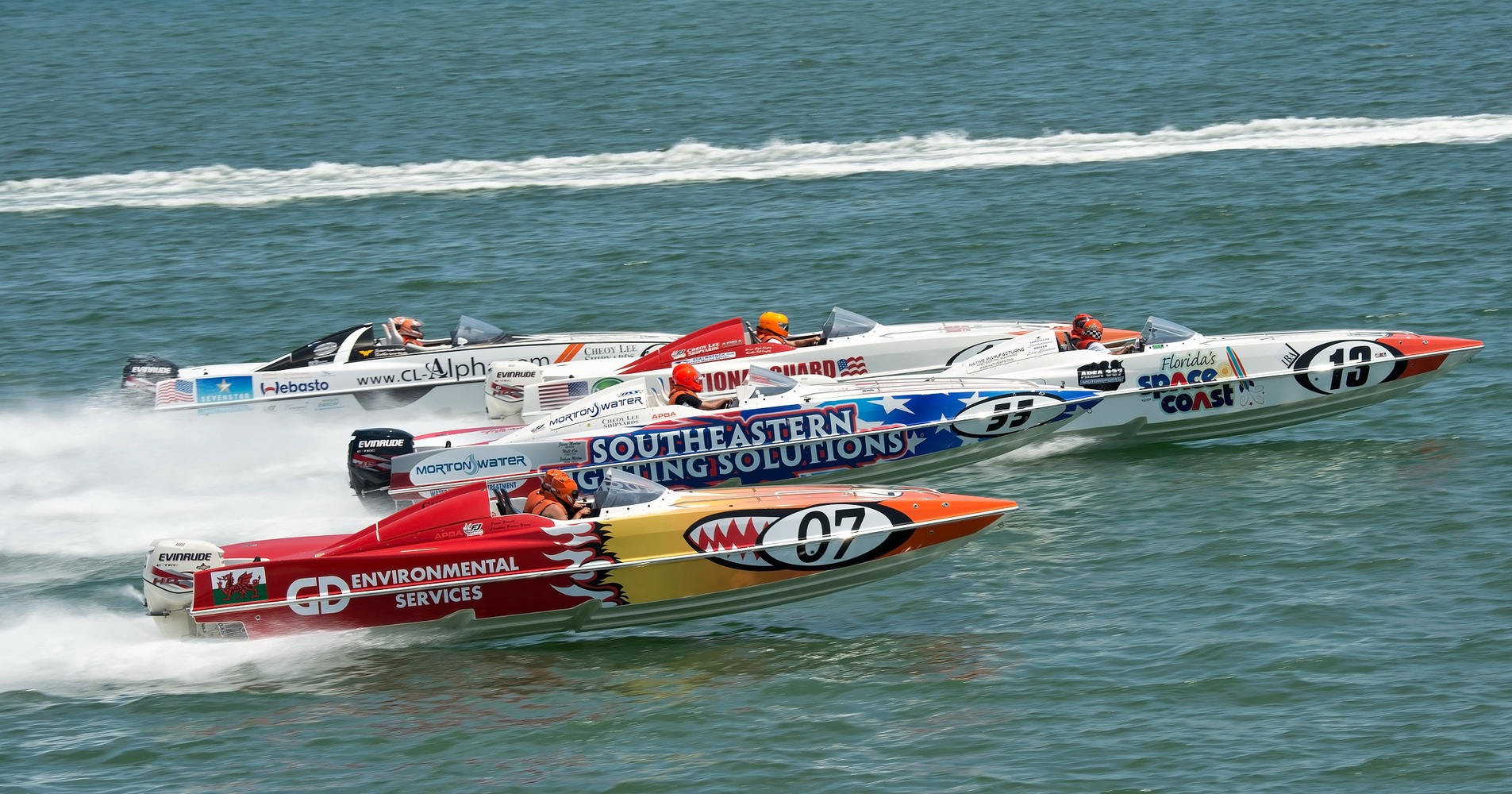 Powerboat P1 Superstock - The World's Most Exciting Powerboat Competitions!